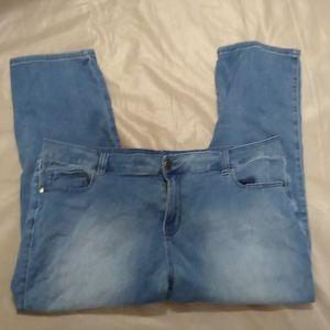 Avenue straight leg  jeans size 24P